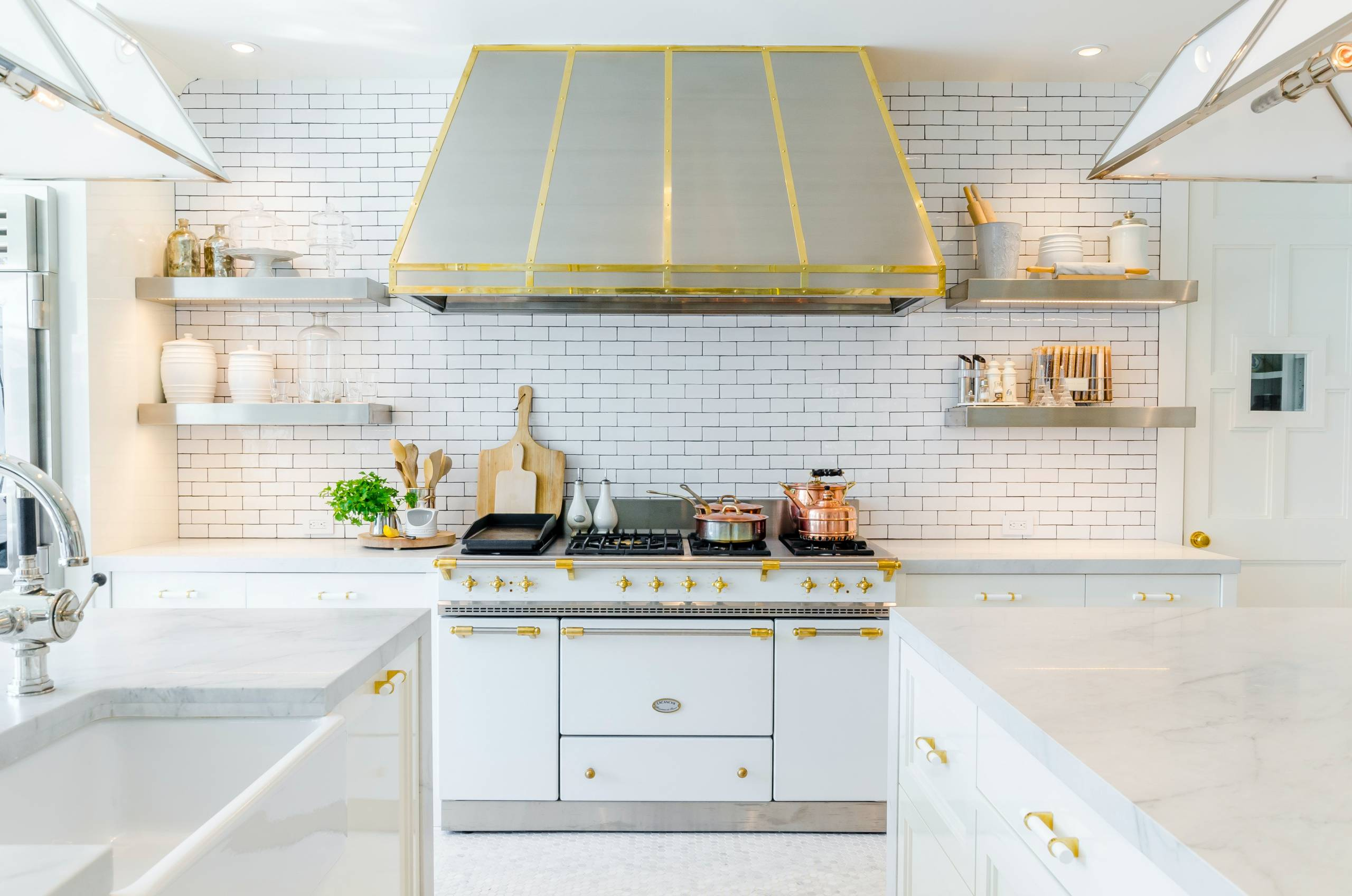 Get Started On Creating An Efficient Kitchen With These Beautifully Designed, Time-Saving Gadgets