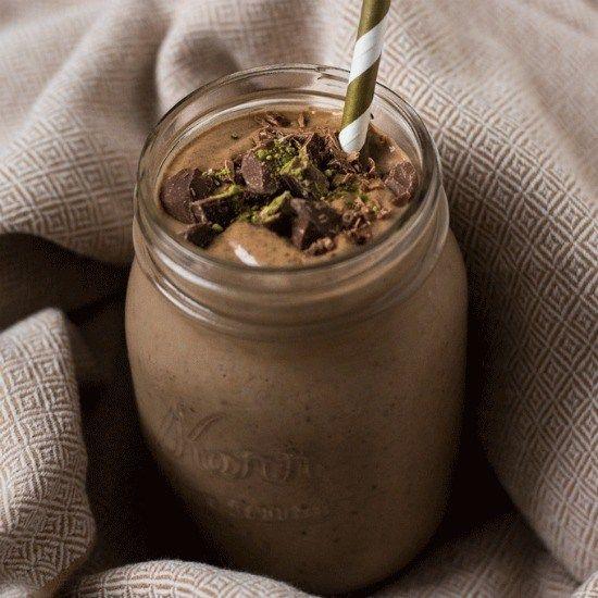 Energizing Chocolate Matcha Green Tea Smoothie